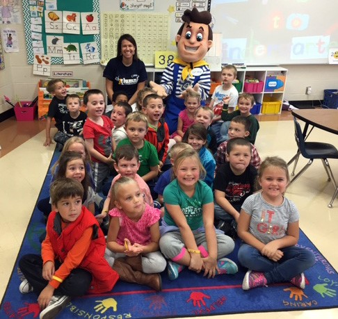 Erin McIntyre with her class